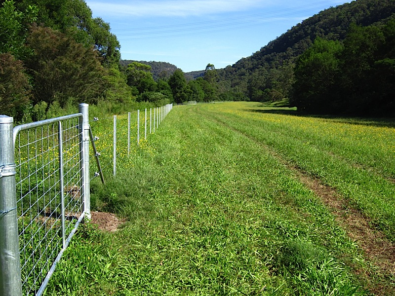 how to build rural fencing
