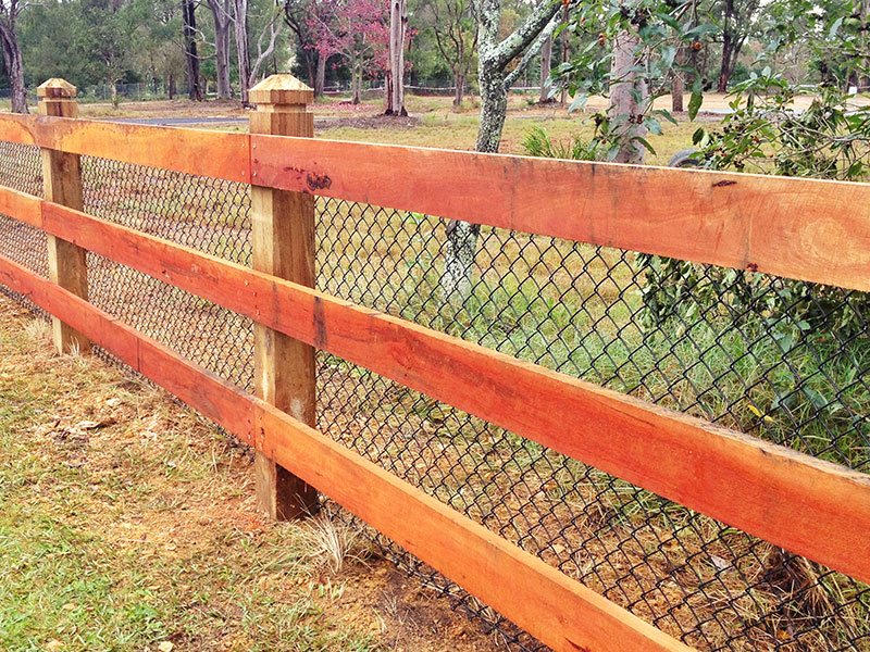 Feature-fence-1