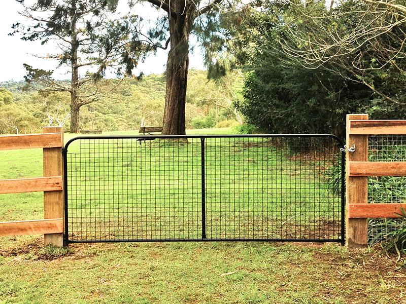 black-gate-1